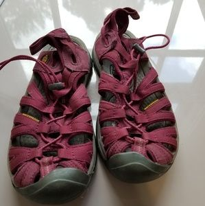 Keens water shoes